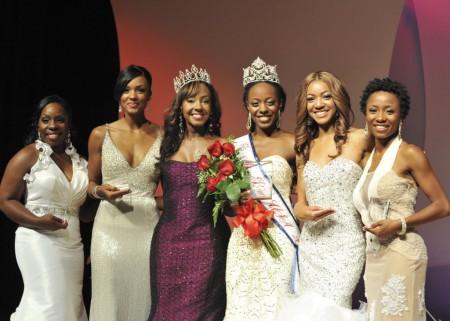 - Miss-Black-USA-group1-1024x731-450x321