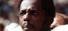 Deacon Jones of Famed Fearsome Foursome Dead at 74