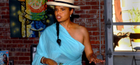 Actress and author Victoria Rowell, here speaking at the Brickhouse Art Gallery in Sacramento's Oak Park neighborhood, had a lot to say about the television soap opera industry.  (OBSERVER photo by Larry V. Dalton)