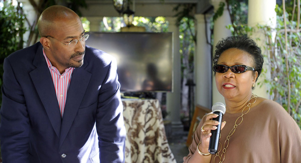 Van Jones and Mattie Lawson discuss the benefits of the 'Yes, We Code' initiative. (Valerie Goodloe photo)