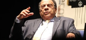 Andrew Young, Jr., former ambassador, civil rights activist, and mayor of Atlanta, spoke to the members of Sacramento's IndiviZible on March 25 in Oak Park. Young was a close associate of Dr. Martin Luther King, Jr. (OBSERVER photo by Robert Maryland)