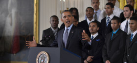 Poll: Minorities, young Americans still backing Obama