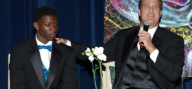 "Shoulder to Shoulder Hosts ""Igniting Hope Gala"""