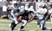 Carr Returns, But Oakland Raiders' Losing Skid Continues